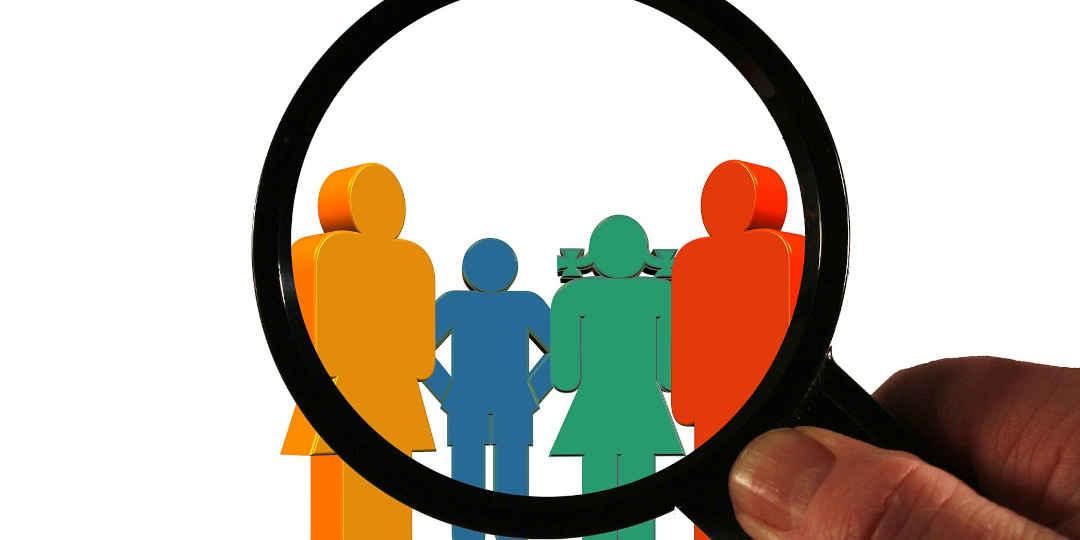 Buyer-Personas unter der Lupe, Bild: Gerd Altmann, Pixabay